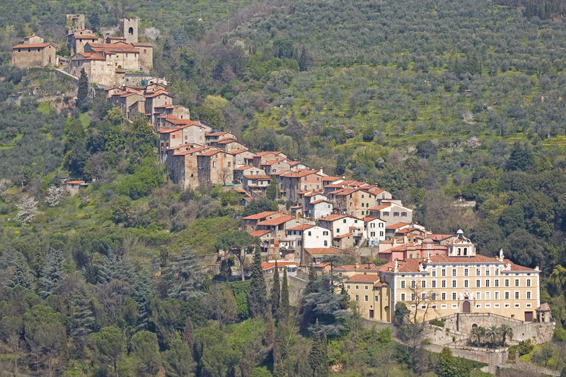 The village of Collodi: on the right the Garzoni Villa